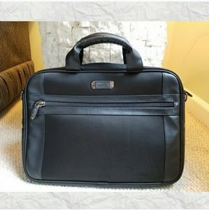 Kenneth Cole Reaction Padded Laptop Bag Black